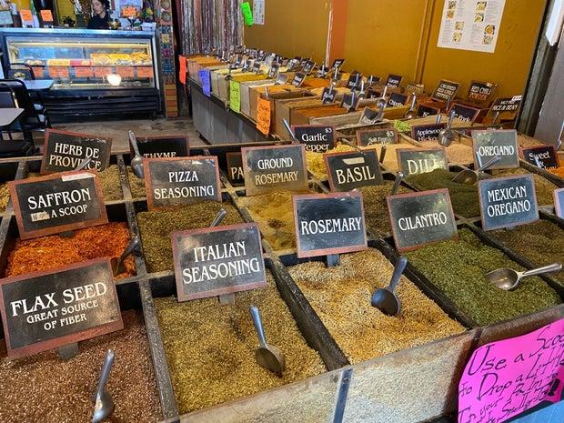 Zero waste market, spices, spice bins