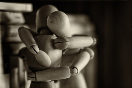 Hugging figures