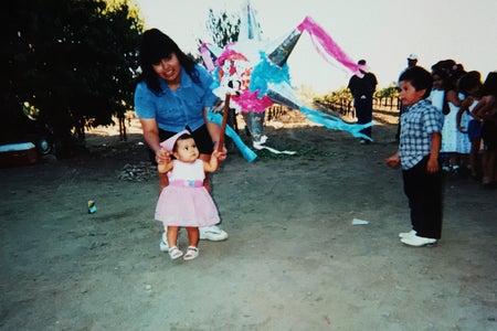 mom and daughter - pinata