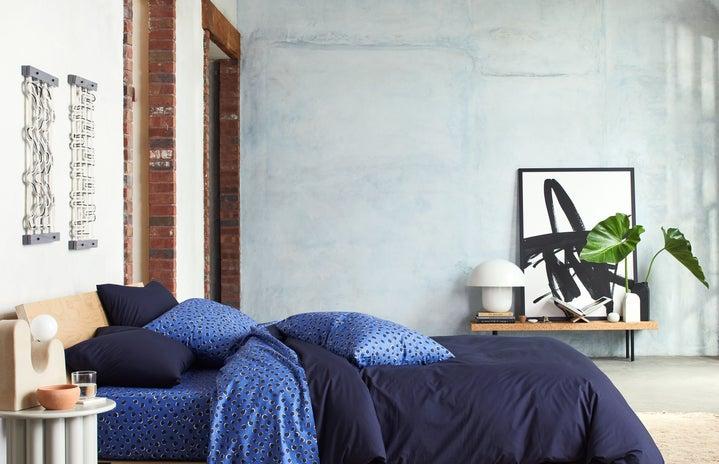 blue-sheet-bundle-brooklinen