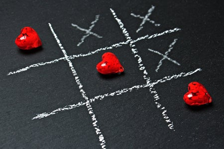 tic-tac-toe game with hearts