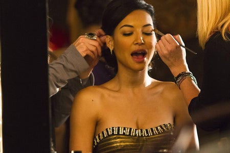 The actress Naya Rivera doing makeup