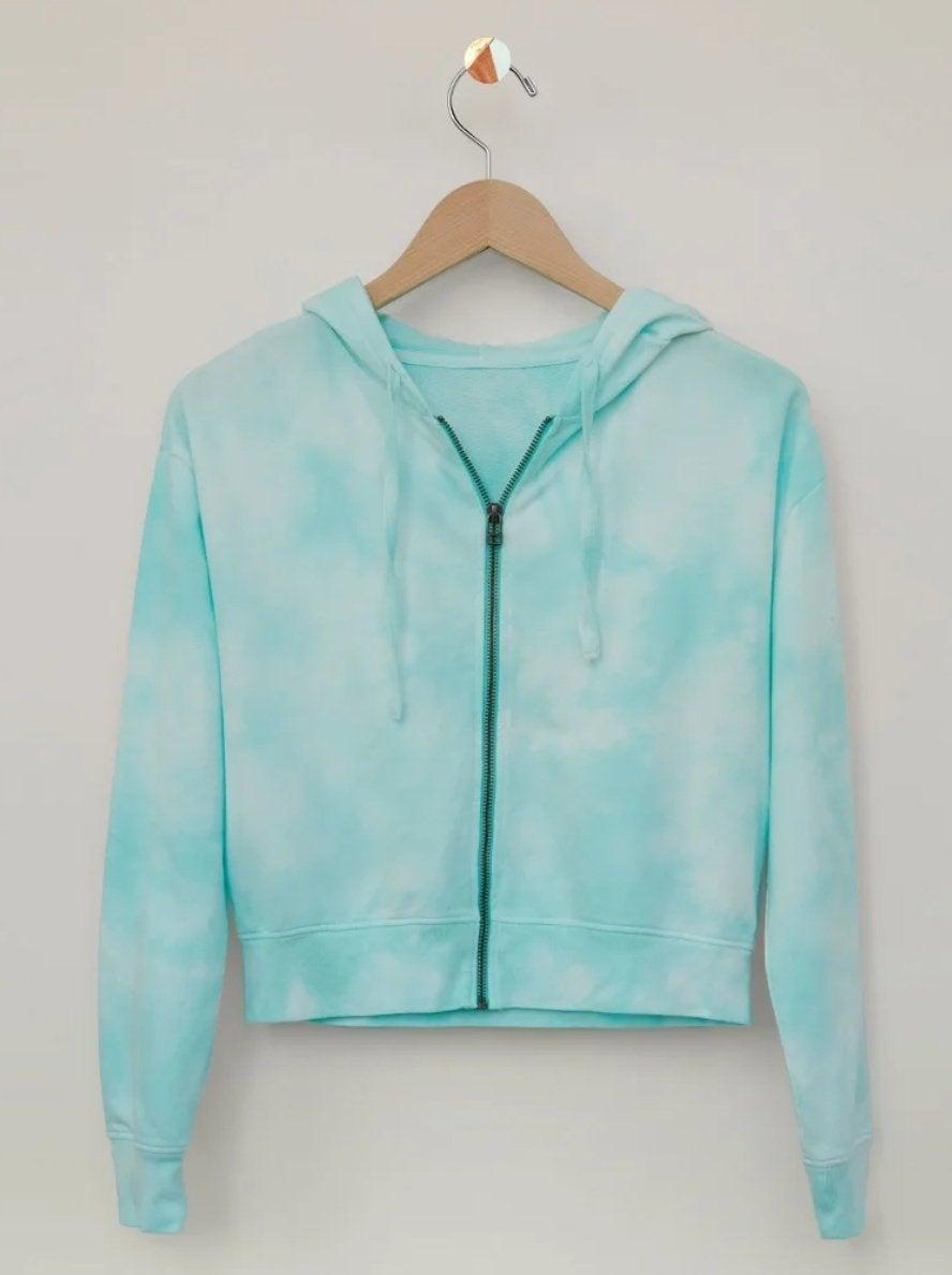 hoodie-in-tie-dye