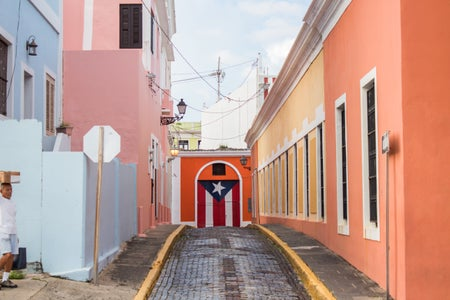 street with painted Puerto Rican flag on door