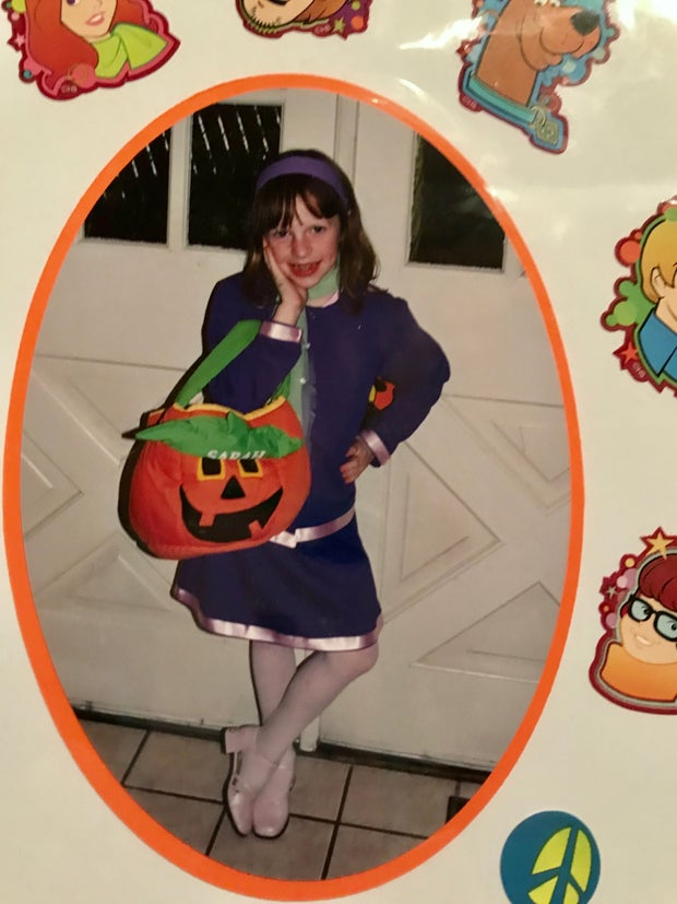 Girl poses as Daphne for Halloween