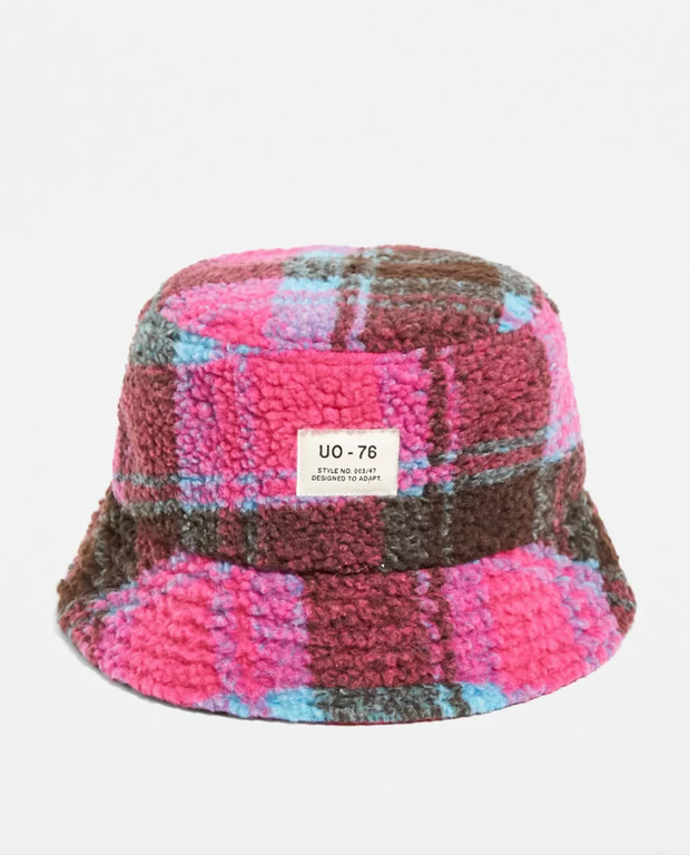UO check fleece bucket hat