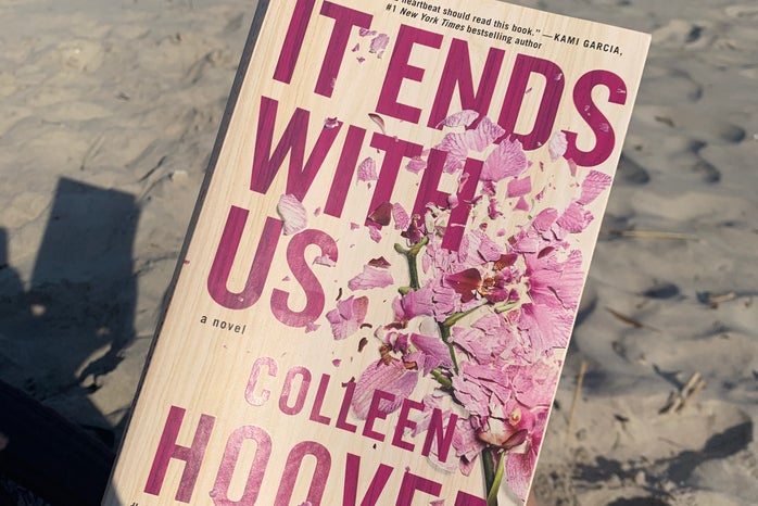 ""\""""It Ends With Us"""" Book Cover""698|466|?|en|2|381a9f4973abcd99c04ffafef388114a|False|UNLIKELY|0.3233187794685364