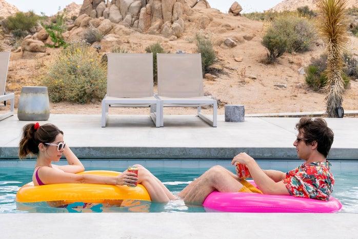 Cristin Milioti and Sarah in Palm Springs 2020 movie