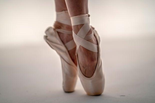 pointe shoes close