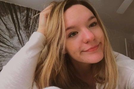 Selfie of interviewee Hannah Kokinda