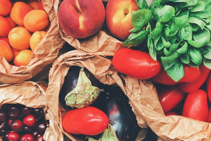 Fresh fruit and veg loose fruit and veg from greengrocers reduce food waste in Bristol