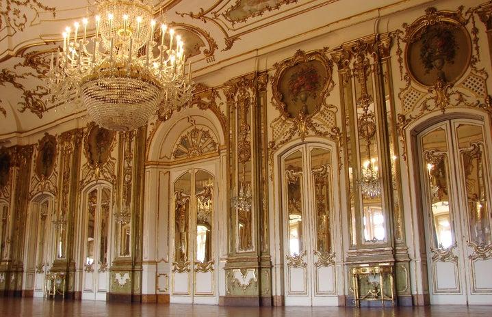 royal-looking room
