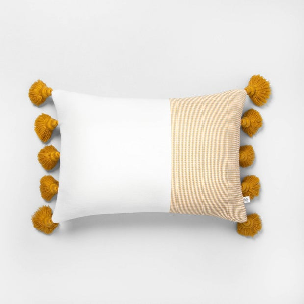 """14"""" X 20""""  Textured Colorblock Lumbar Pillow"""
